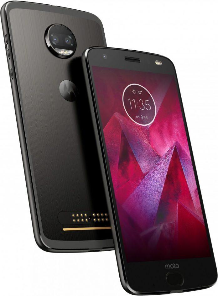 Новый флагман Motorola в России будет стоить дороже iPhone 8
