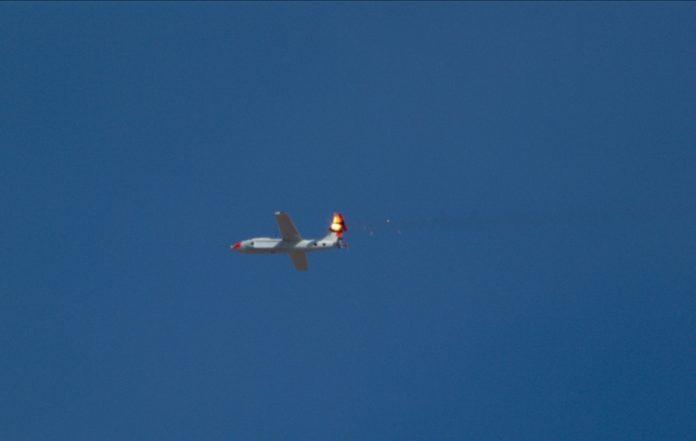 Видео: как сбить дрон с помощью лазерной пушки
