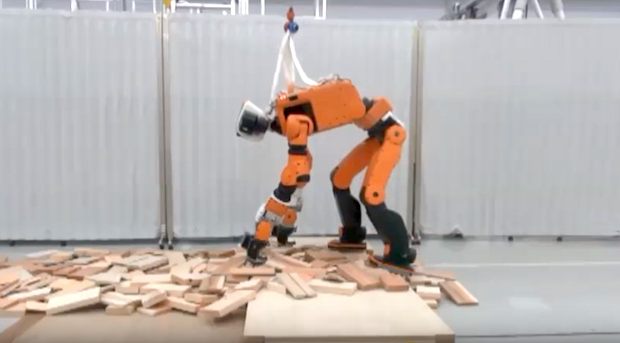 Представлен рабочий прототип спасательного робота Хонда E2-DR