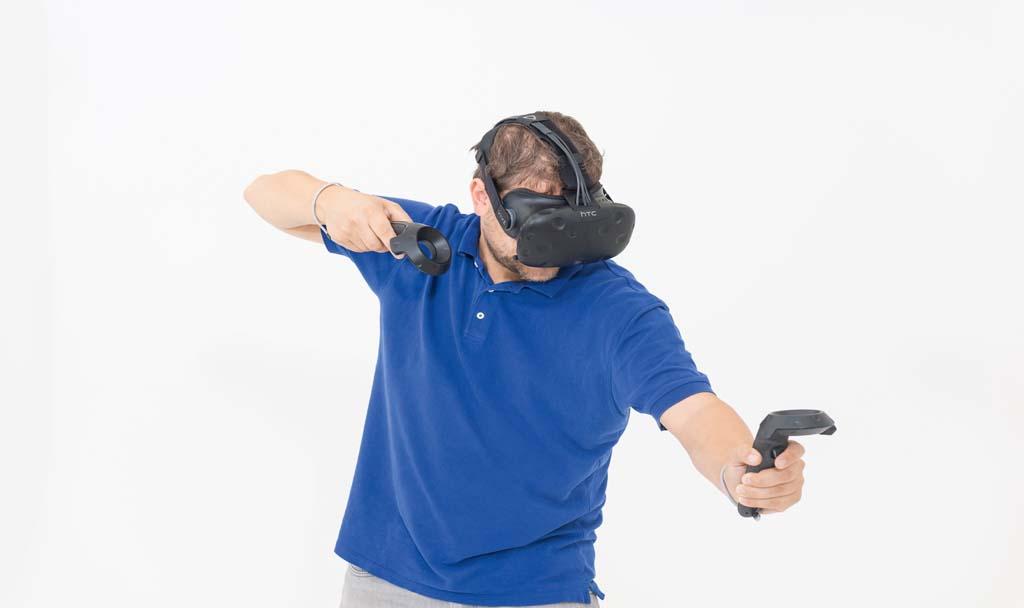 HTC Vive: все о профессиональном VR шлеме