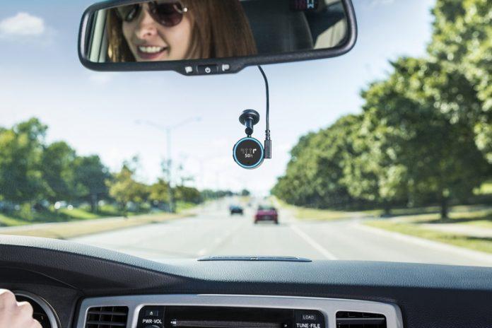 Garmin Speak — крошечный навигатор с 0,78-дюймовым дисплеем