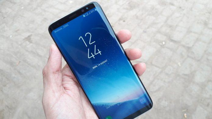 Названы лучшие смартфоны по степени удовлетворенности их владельцев