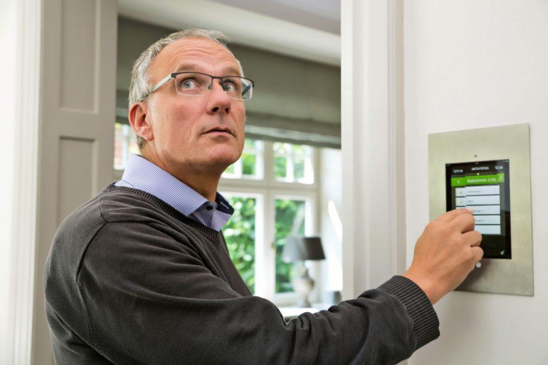 Умная защита дома: устанавливаем сигнализацию своими руками