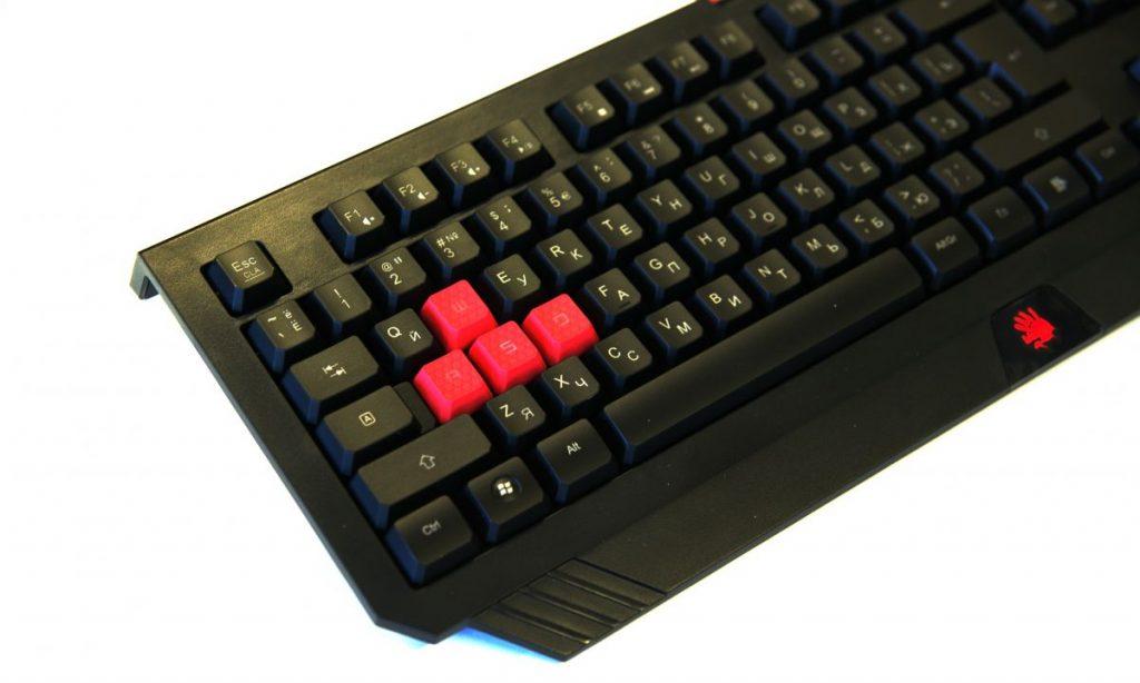 Обзор игровой клавиатуры Bloody B120