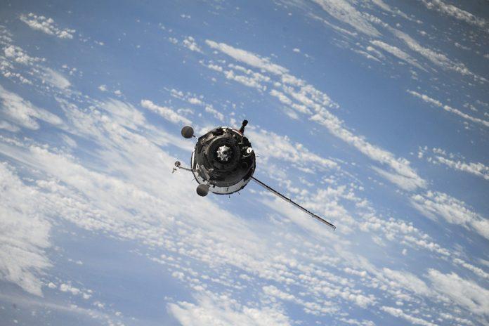 Россия запустит спутник-супершпион «Репей»
