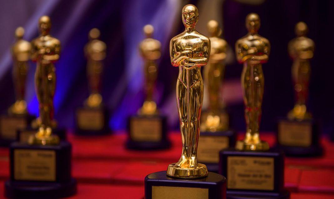 Смартфоны 2017: номинации года