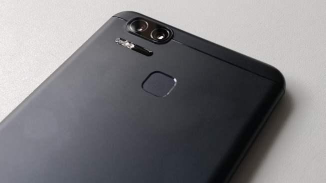 Тест и обзор Asus Zenfone 3 Zoom (ZE553KL): емкий аккумулятор и двойная камера