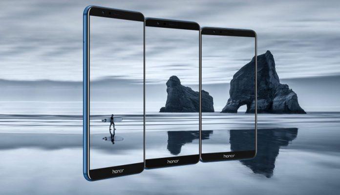 Названа российская цена безрамочного смартфона Huawei Honor 7X