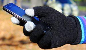 Как защитить телефон зимой: 5 советов для низких температур