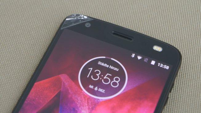 Тест и обзор смартфона Motorola Moto Z2 Force: ударопрочный, но дорогой