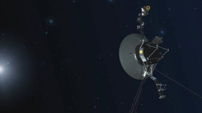 NASA сумело запустить двигатели зонда Voyager 1, отправленного в космос 40 лет назад