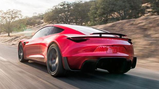Tesla представила новый родстер