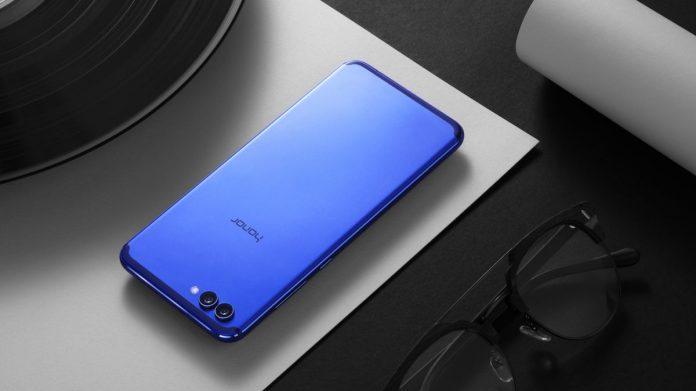 Объявлена русская цена безрамочного телефона Huawei Honor View 10