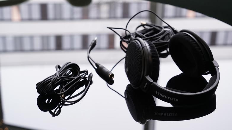 Тест и обзор Sennheiser HD 660 S: на что способны наушники за 33 000 рублей?
