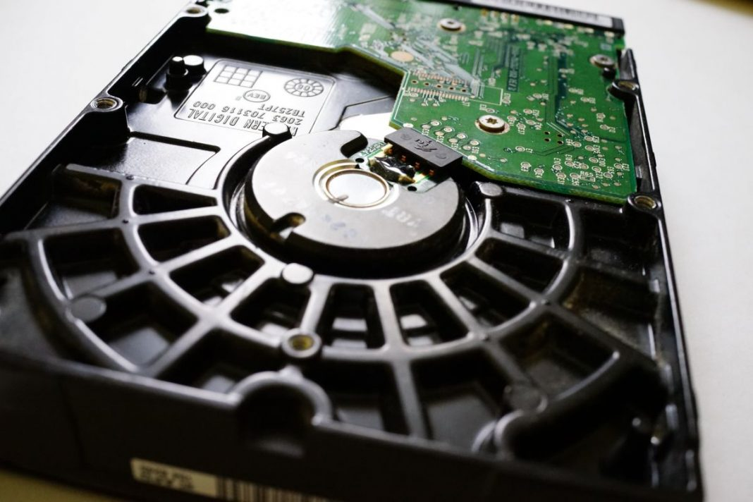 Топ-10 самых емких жестких дисков формата 3,5 дюйма