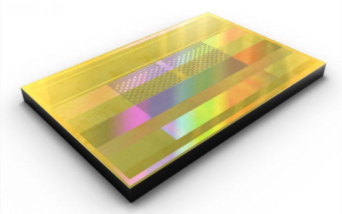 Samsung начала выпуск самой быстрой в мире памяти