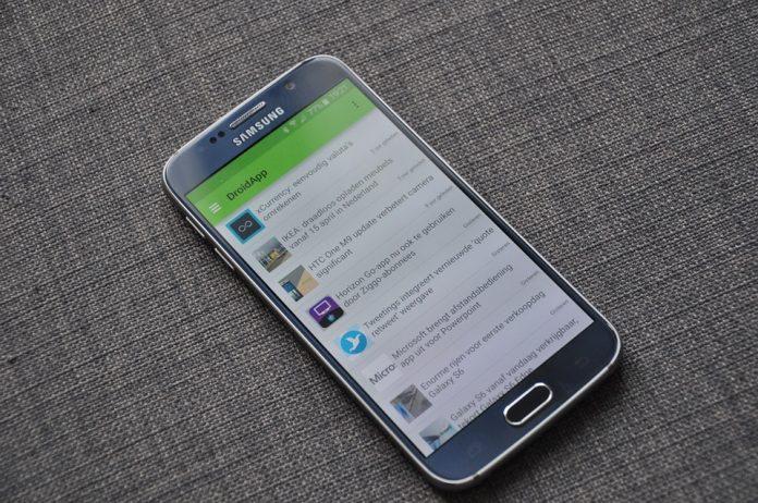 Samsung вслед за Apple обвинили в замедлении старых смартфонов