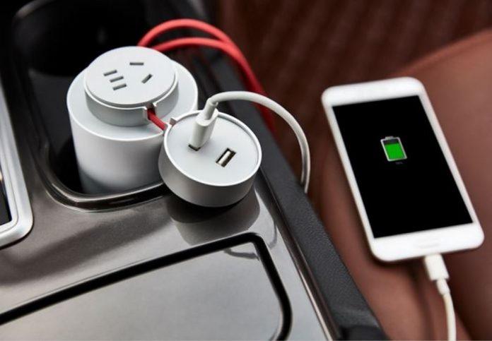 Xiaomi представила автомобильное зарядное устройство