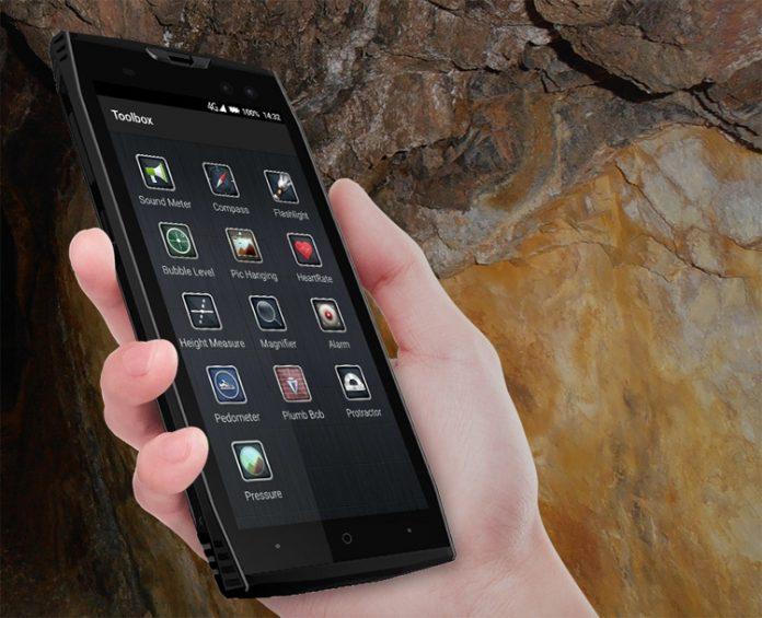 Защищенный смартфон Doogee S50 может сутки прожить под водой
