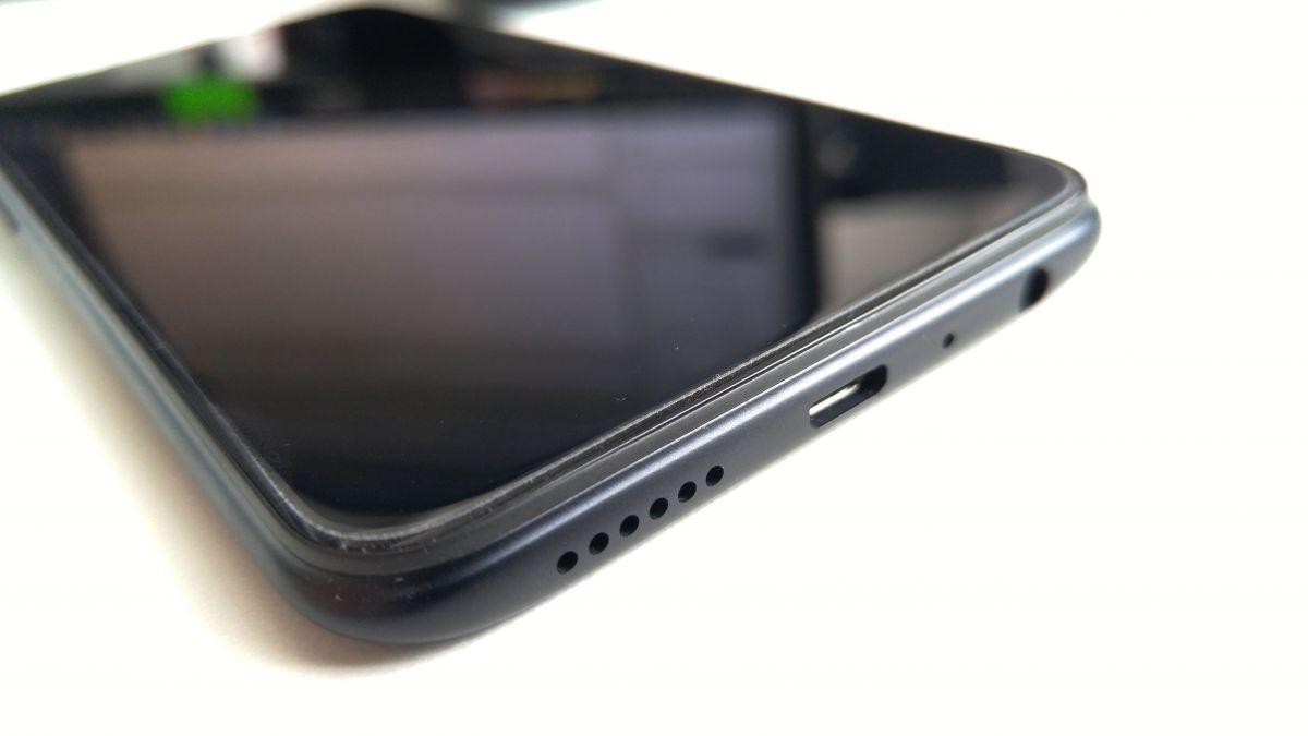 Обзор смартфона OPPO A83: бюджетный красавчик