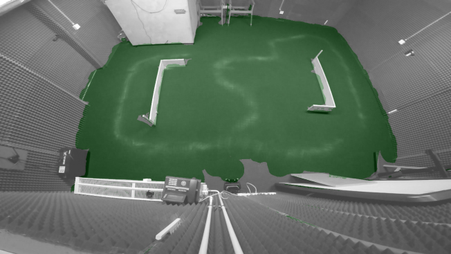 Powerbot оставляет небольшое неубранное пространство около зарядной станции, что привычно для многих роботов-пылесосов