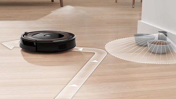 Входящий в комплект поставки световой ограничитель служит в качестве невидимой стены для Roomba 896