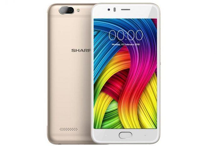 Sharp представила новый бюджетный смартфон с двойной камерой