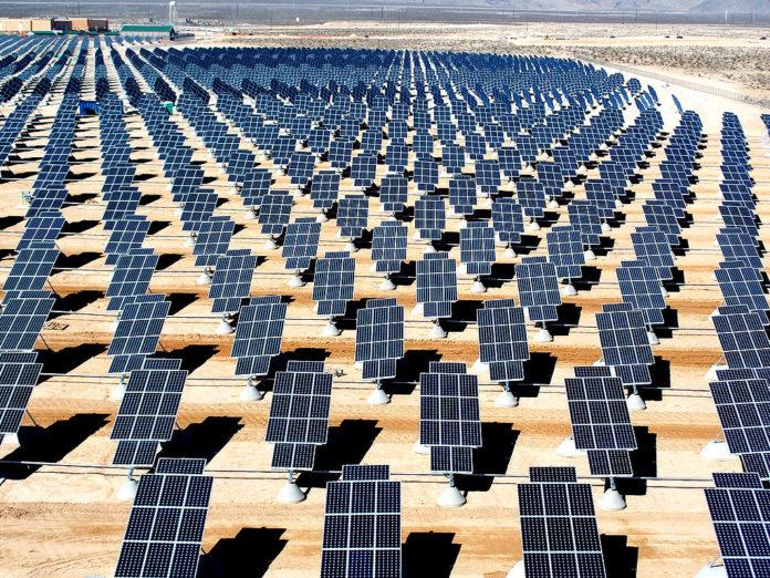 Началось строительство мощнейшей в мире солнечной электростанции