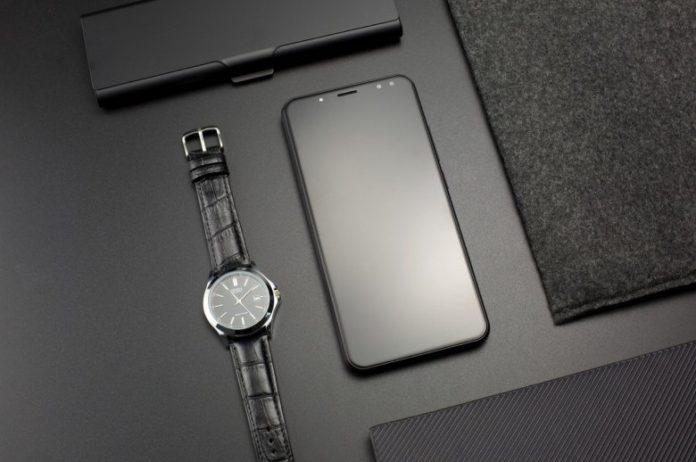 Китайский смартфон-долгожитель получил аккумулятор на 6200 мА•ч
