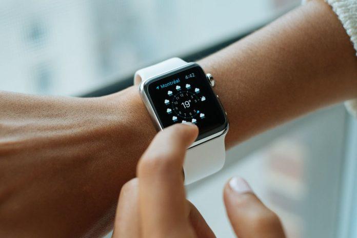 В России отмечен небывалый спрос на умные часы
