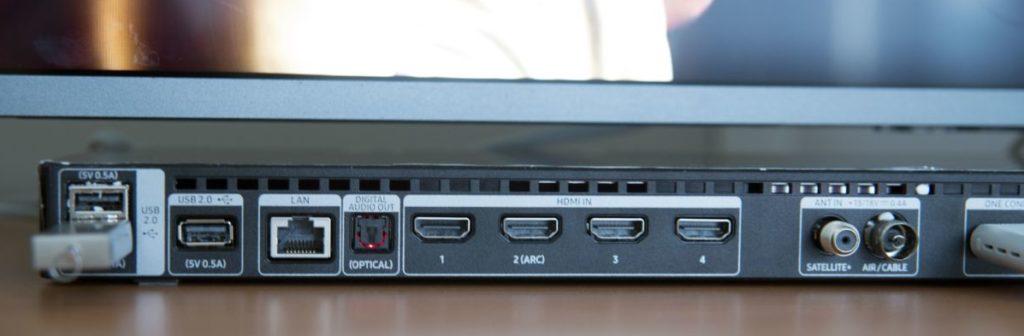 Samsung UE55LS003AU - коммутационный блок