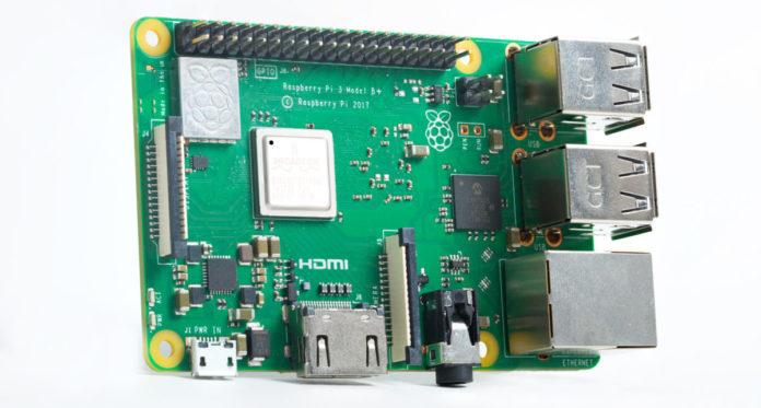 Мини-ПК Raspberry Pi 3 Model B+ сможет стать центром «умного» дома