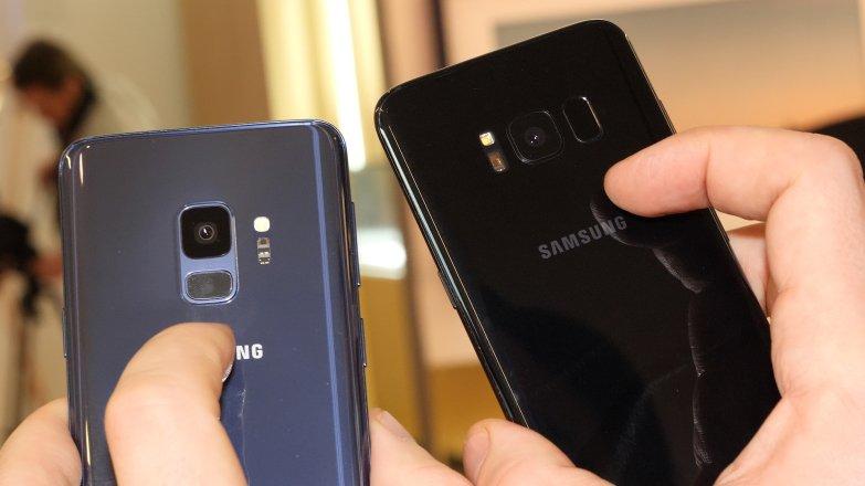 Сканер отпечатков пальца у новых моделей расположен под камерой