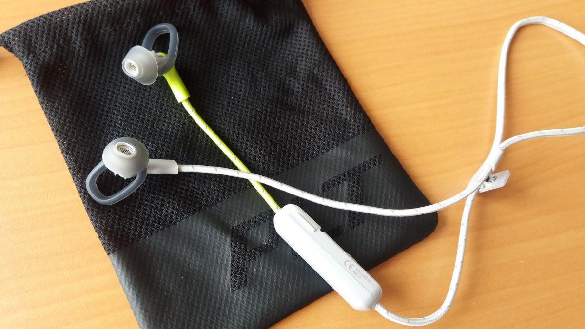 Обзор спортивной гарнитуры Plantronics BackBeat FIT 305: наушники с ушками