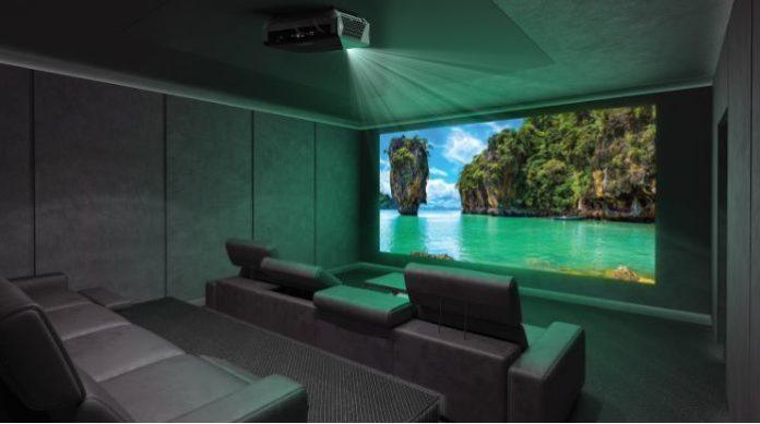 Лазерный 4К HDR-проектор для домашнего кинотеатра: обзор Optoma UHZ65