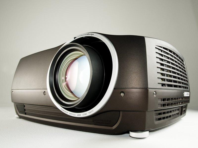 Как выбрать проектор для дома: DLP или LCD?