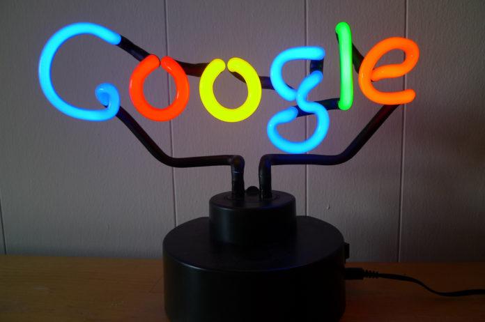 Роскомнадзор заблокировал почти 300 доменов Google