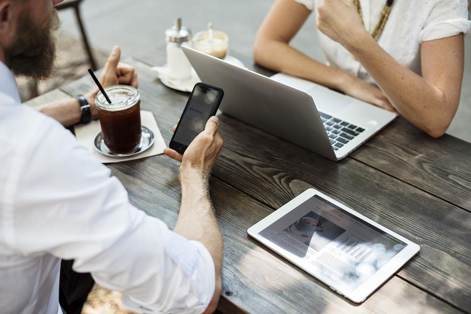 Планшет или ноутбук: что выбрать?