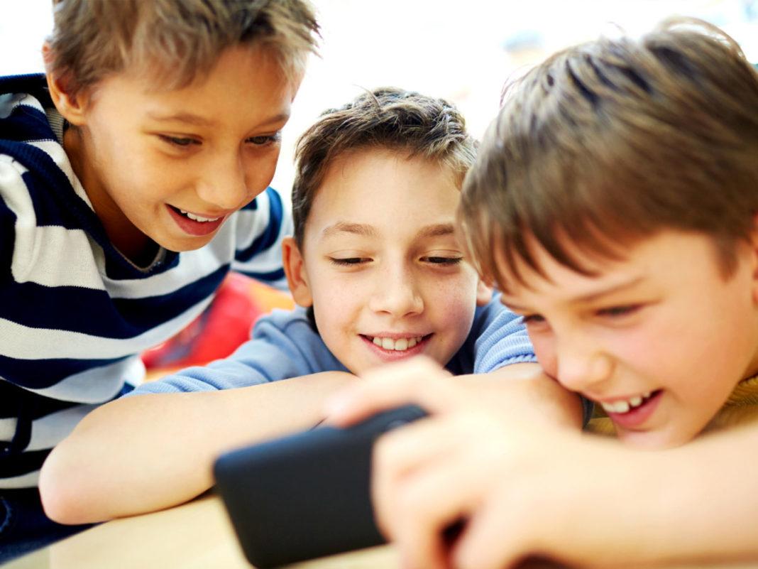 Чем занять ребенка: выбираем лучшие приложения под Android