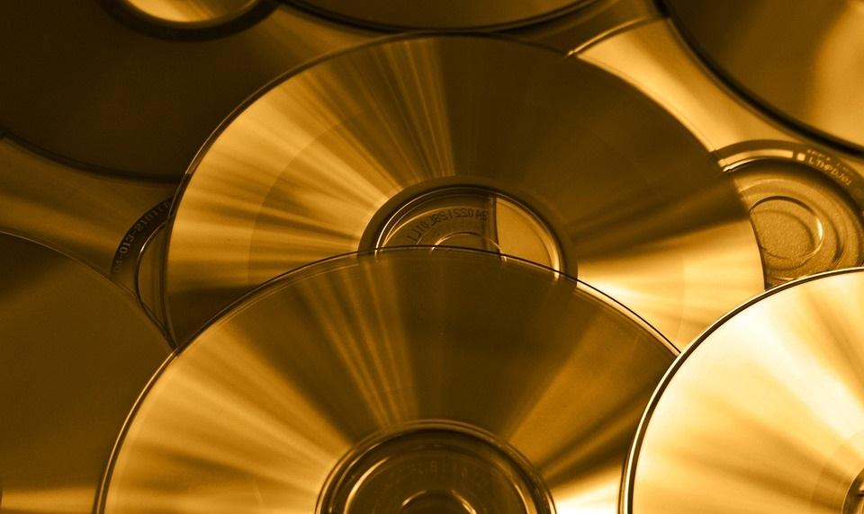 Как записать на DVD огромный фильм на много Гбайт?