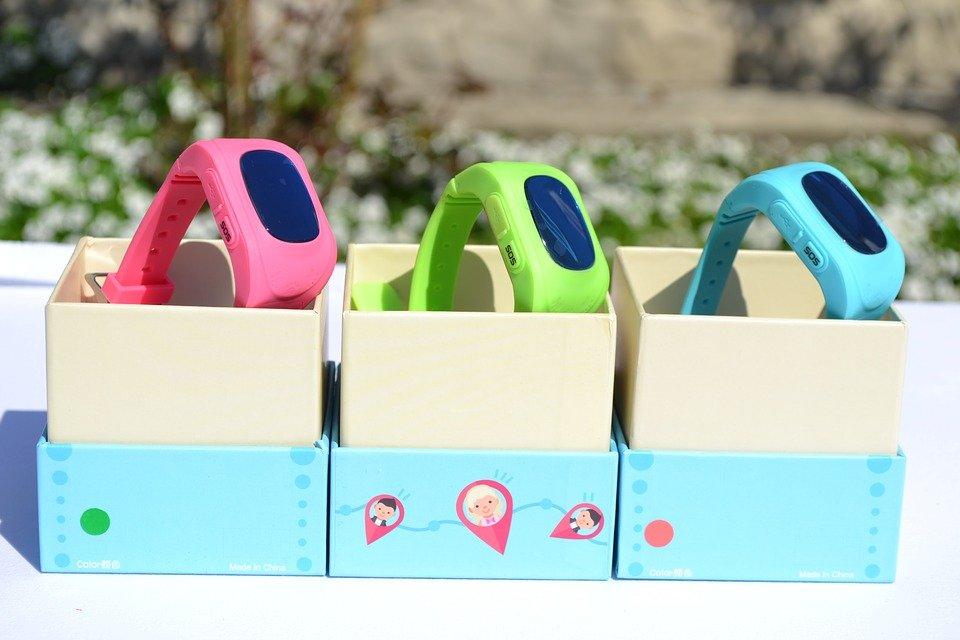 Ребенок и смарт-часы: как гаджеты для детей повышают безопасность