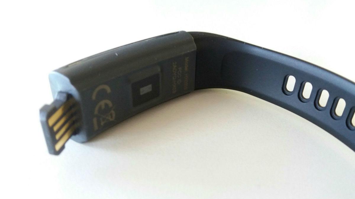Обзор фитнес-браслета Lenovo HX03W: не позволит лениться