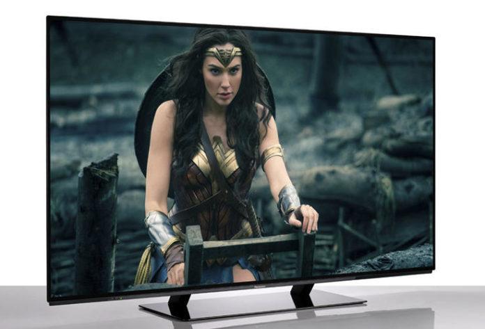 Качественный, большой, дорогой: обзор OLED-телевизора Panasonic TX-55EZW954
