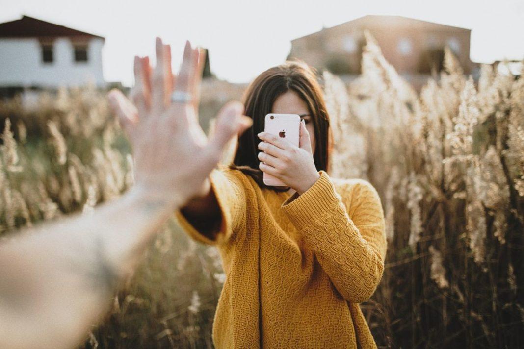 Как запустить Android на iPhone