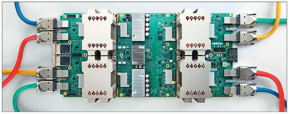 Тензорный CPU Google — интегральная схема, оптимизированная под нейросети. AlphaGo Zero работает всего на четырех таких чипах