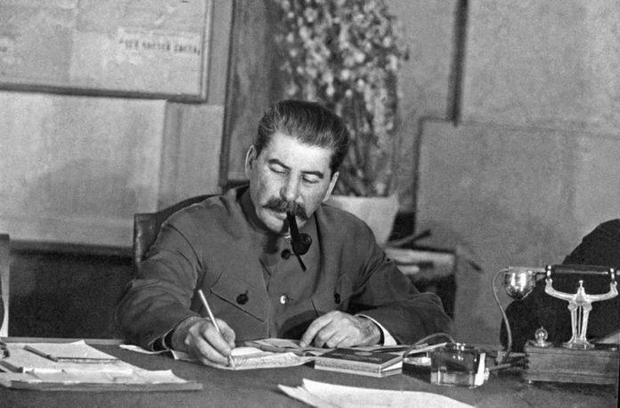 В сети распространяется опаснейший «Сталинский» вирус
