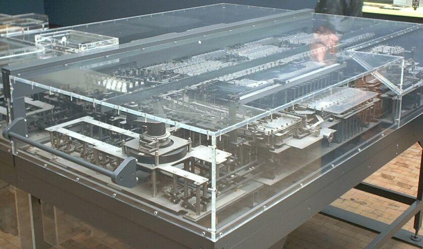 Модель вычислительной машины Z1 в Немецком техническом музее Берлина
