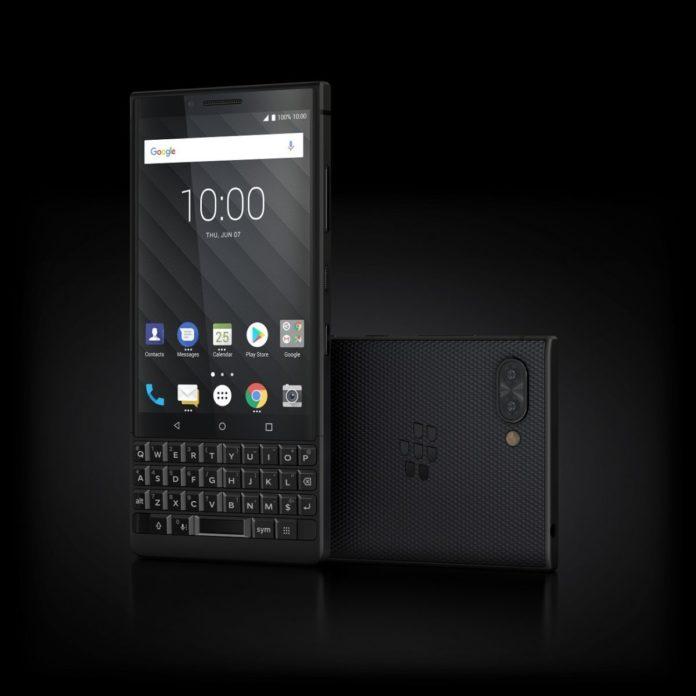 QWERTY-смартфон BlackBerry KEY2 представлен официально