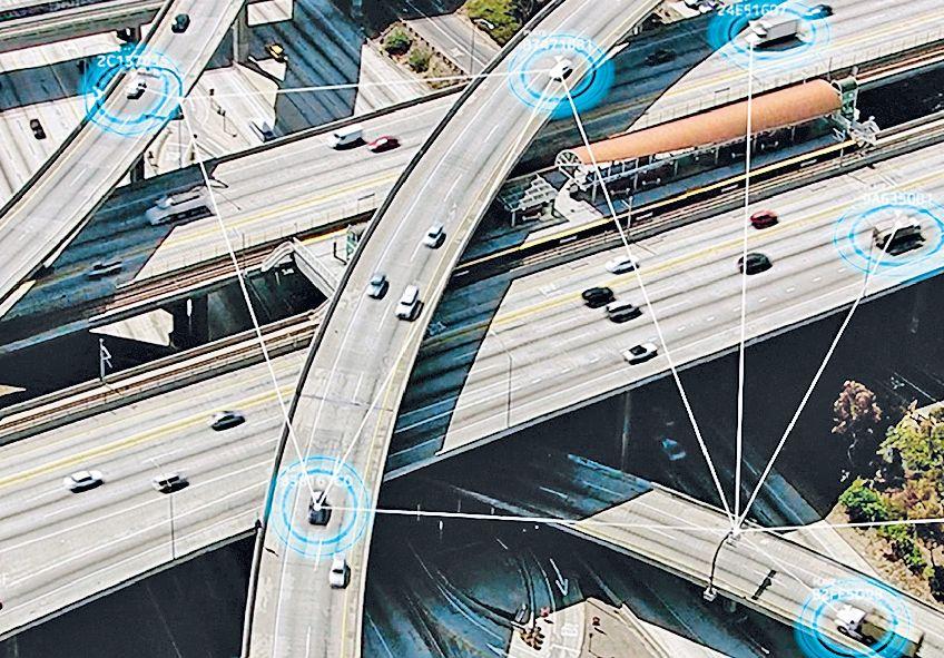 Системы V2X и V2l соединяют автомобили и инфраструктуры, но уже исследуются решения для подключения шлемов мотоциклистов и смартфонов пешеходов — все ради максимальной безопасности