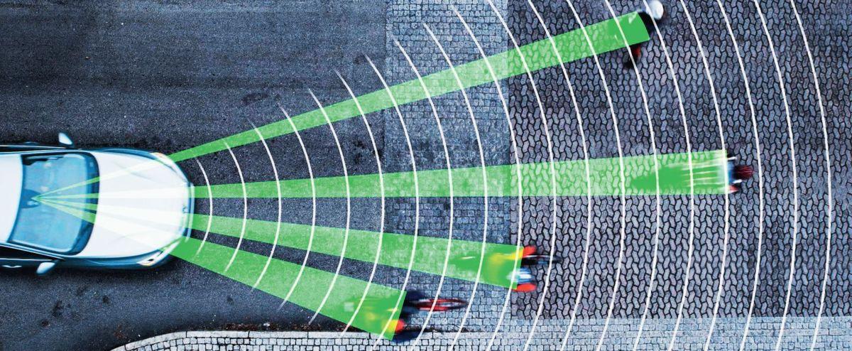 Навыки автомобильной коммуникации еще больше повысят эффективность систем безопасности. При возникновении опасной ситуации электроника начнет действовать еще до того, как водитель распознает угрозу, что позволит снизить до минимума риск попадания в ДТП